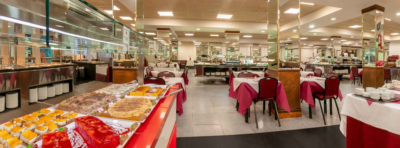 Restaurante buffet hotel magic cristal park benidorm