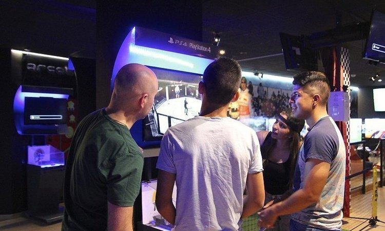 Consolas PS4, PS3, Xbox One, Xbox 360 y Wii con las últimas novedades Hotel Magic Cristal Park Benidorm